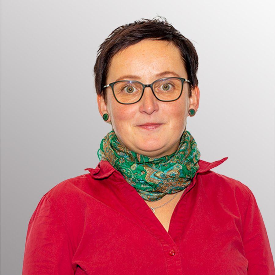 Portrait Frau Sylvia Lang